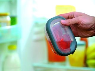 Bezpieczna przekąska, czyli hermetyczne pojemniki na żywność Grand Chef firmy Curver.