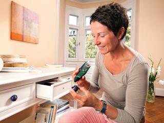 Łatwe klejenie narzędziem Glue Pen firmy Bosch.