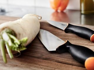Noże i akcesoria kuchenne Fiskars.