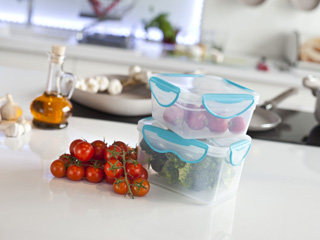 Pojemniki do przechowywania żywności Clip Fresh.