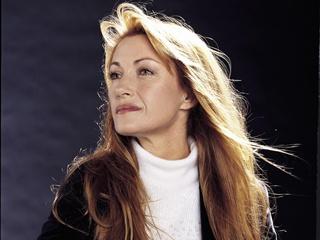 Jane Saymour w roli skrzypaczki Jill Maddox po przeszczepie serca od dawcy z wypadku motocyklowego.