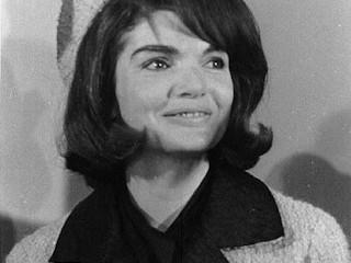 W stylu Jackie Kennedy