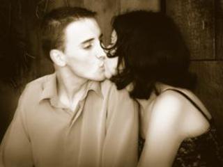 Pocałunek.
