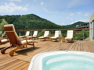 Propozycja rodzinnego urlopu w Hotelu Spa Dr Irena Eris
