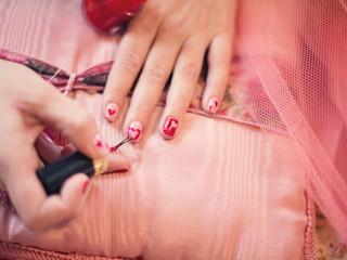 Manicure tytanowy alternatywą dla hybryd?
