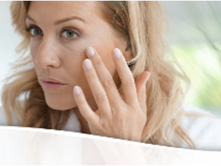 Sprawdzone sposoby opóźniające starzenie skóry