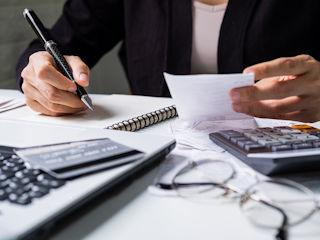 Jaki jest i w czym pomaga kredyt konsolidacyjny?