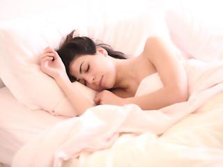 Sposoby na skuteczne zaśnięcie.