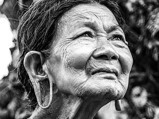 Gdzie żyją długowieczne kobiety?