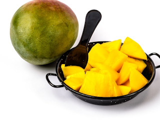 Mango - owoc młodości.